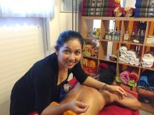 Bei Wannee Kündig-Sukmao sind Sie in der Massage-Oase im wahrsten Sinne des Wortes in besten Händen :-)